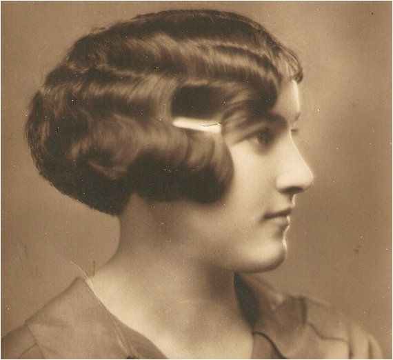 popular womens hairstyles for the 1920s