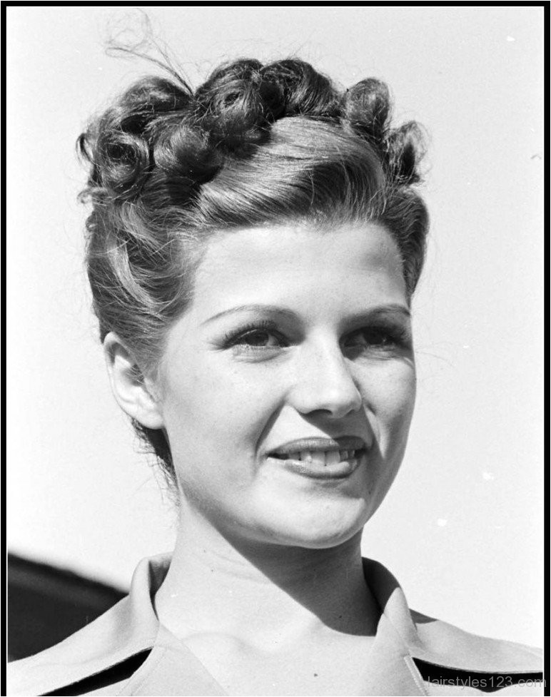 1940s braided hairstyle