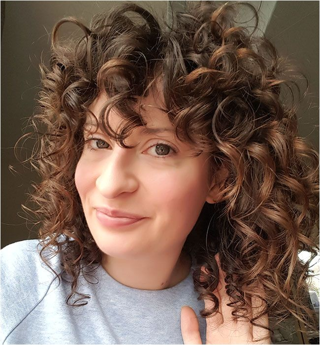 how elaine s her naturally wavy hair to look like this