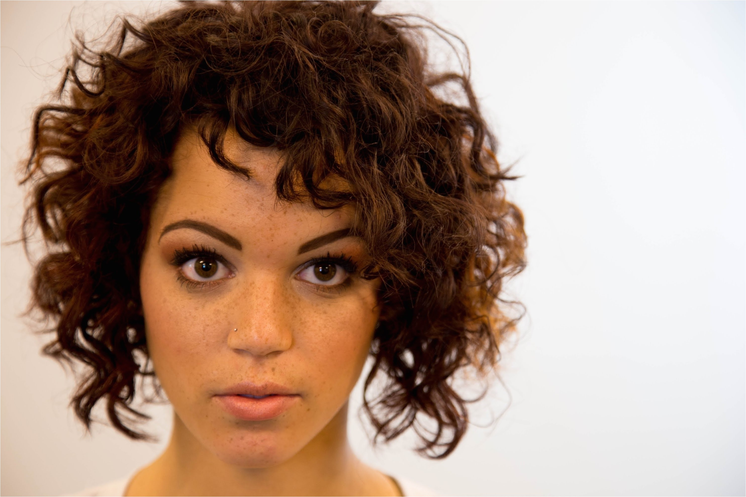 bob hairstyles for frizzy hair