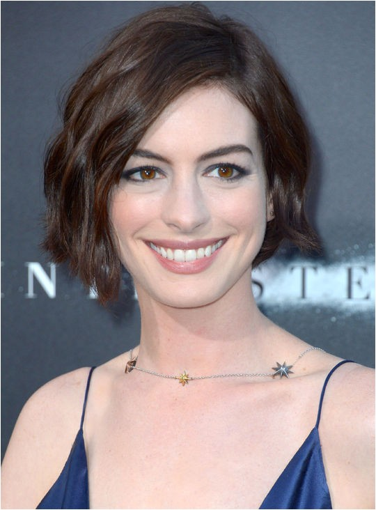 anne hathaway new short hairstyles in song one movie 2015