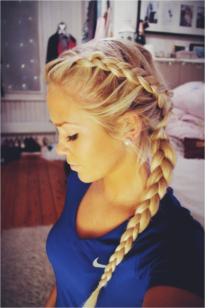 chic hairstyles for sports