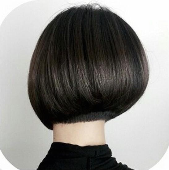 medium bob hairstyle back view