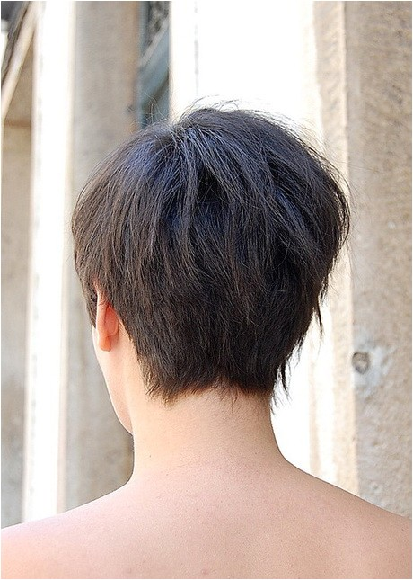 back view of short haircuts for women