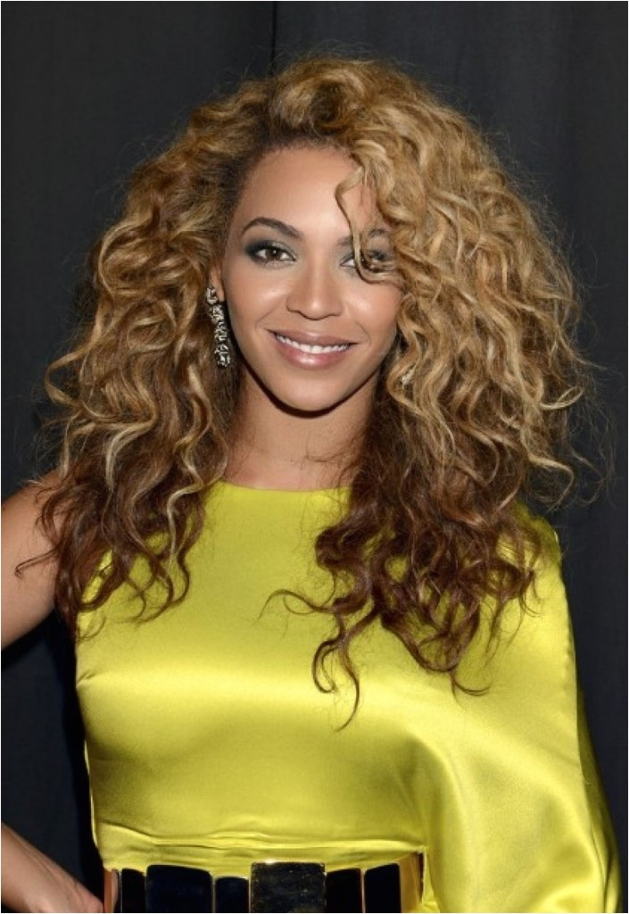 tren st celebrity curly hairstyles
