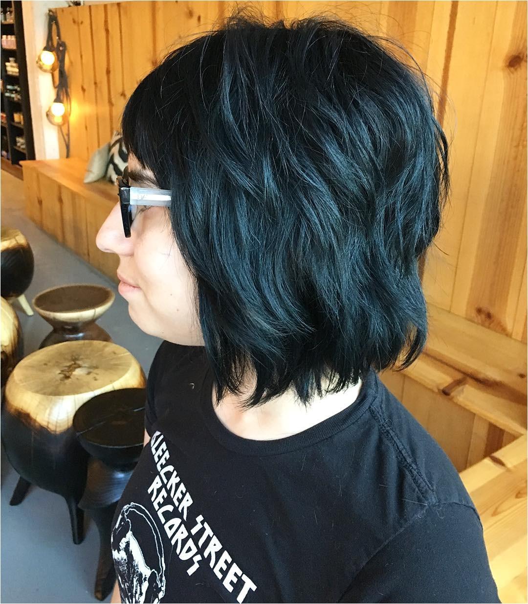 short shag hair