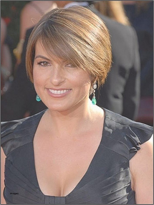 hairstyles for 50 year old woman 2018