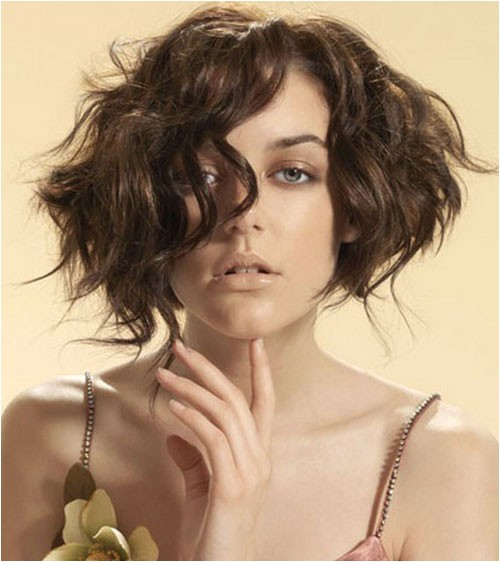 new short hairstyles for thick hair