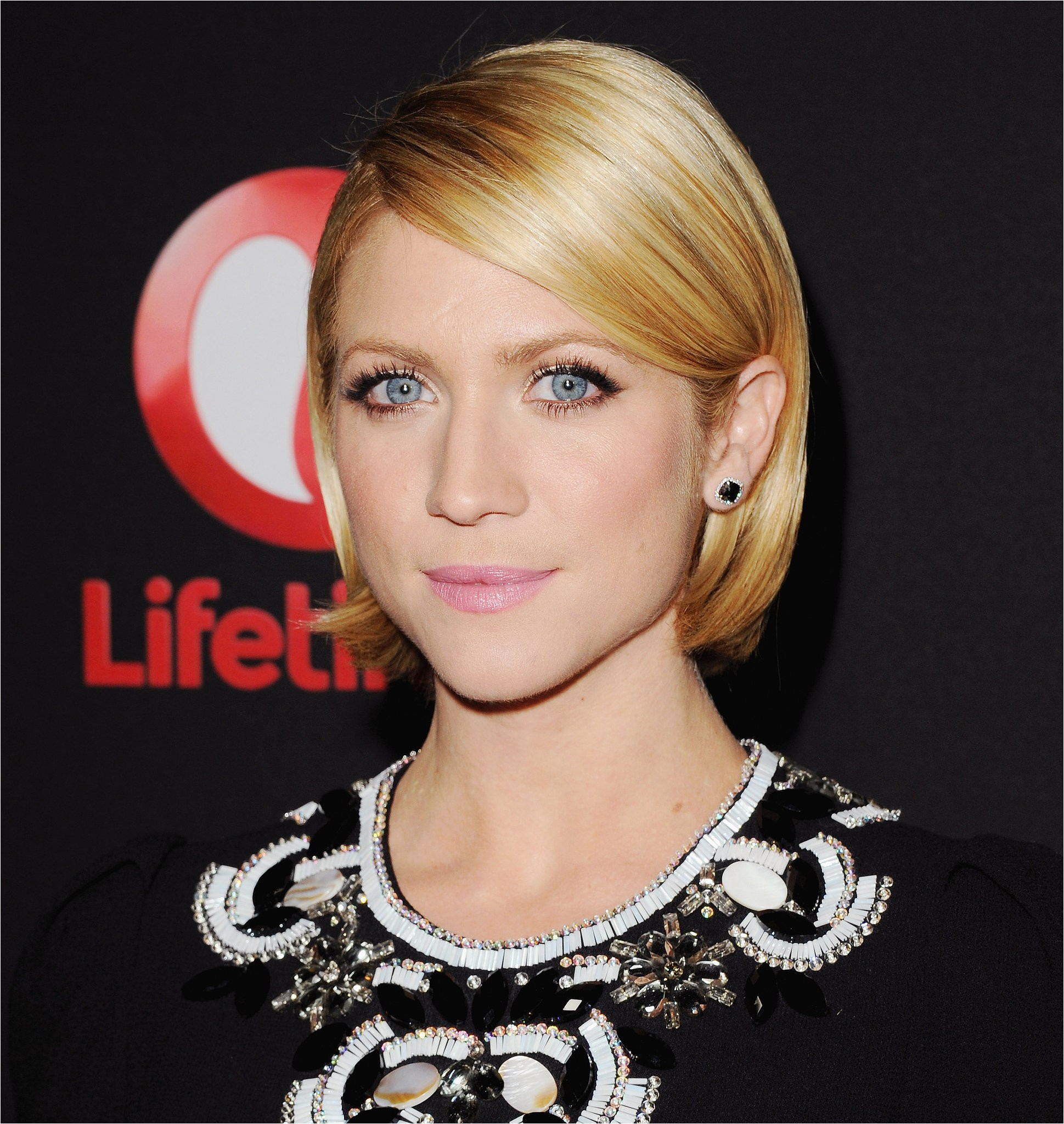 Bob Haircuts Tucked Behind Ears Brittany Snow Wore Her Bob Neatly Tucked Behind Her Ears