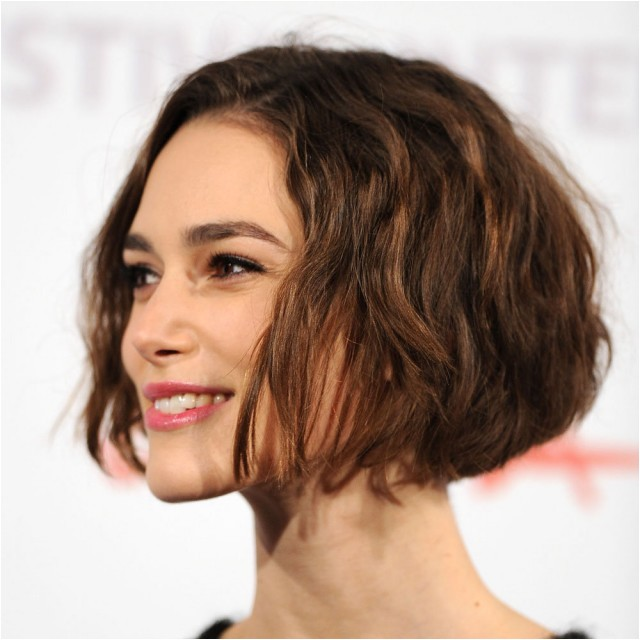 popular bob hairstyle for thin hair