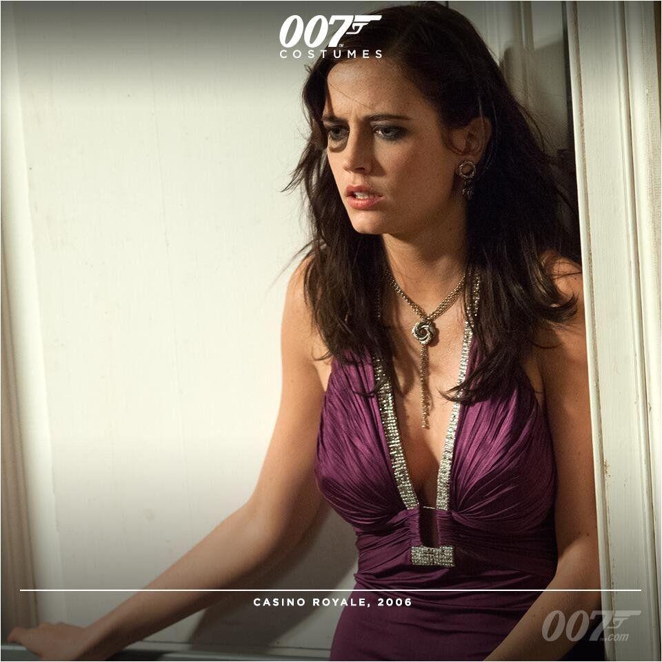 In CASINO ROYALE Eva Green Vesper Lynd wears a purple Roberto Cavalli dress