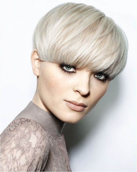 2016 short bowl hairstyles for straight hair