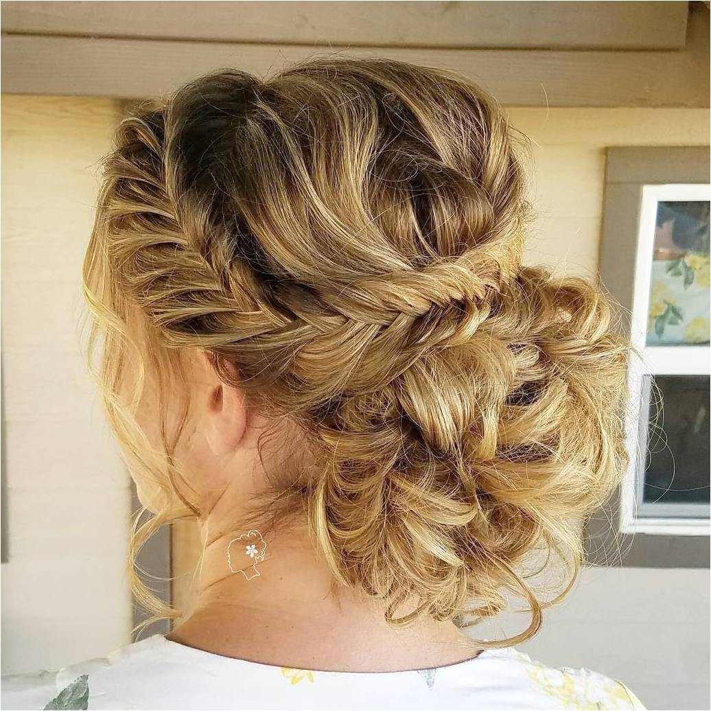 30 irresistible hairstyles for brides and bridesmaids