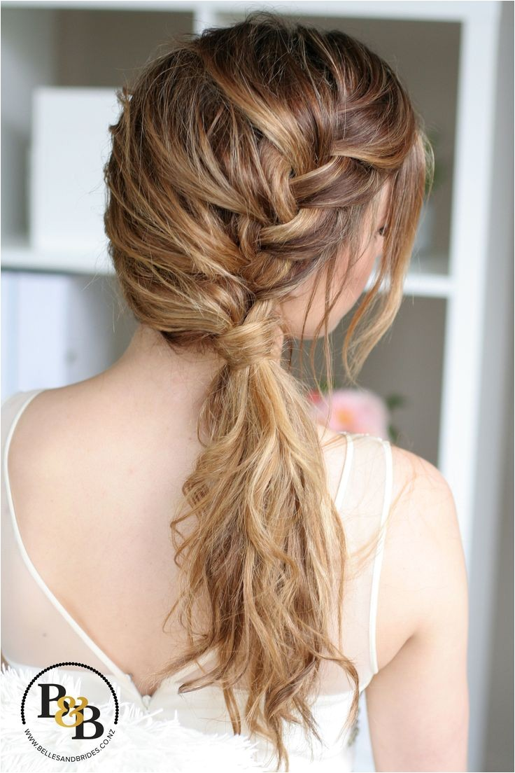 bridesmaids side hairstyles