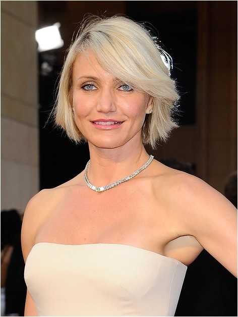 cameron diaz new haircut short blonde bob hairstyle with bangs