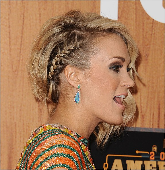 8 times carrie underwood rocked the you know what out of her short hair