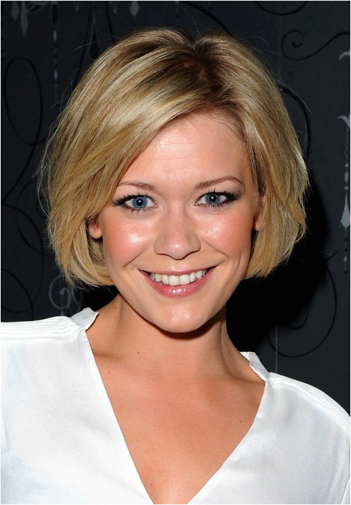 suzanne shaw cute short classic bob hairstyle