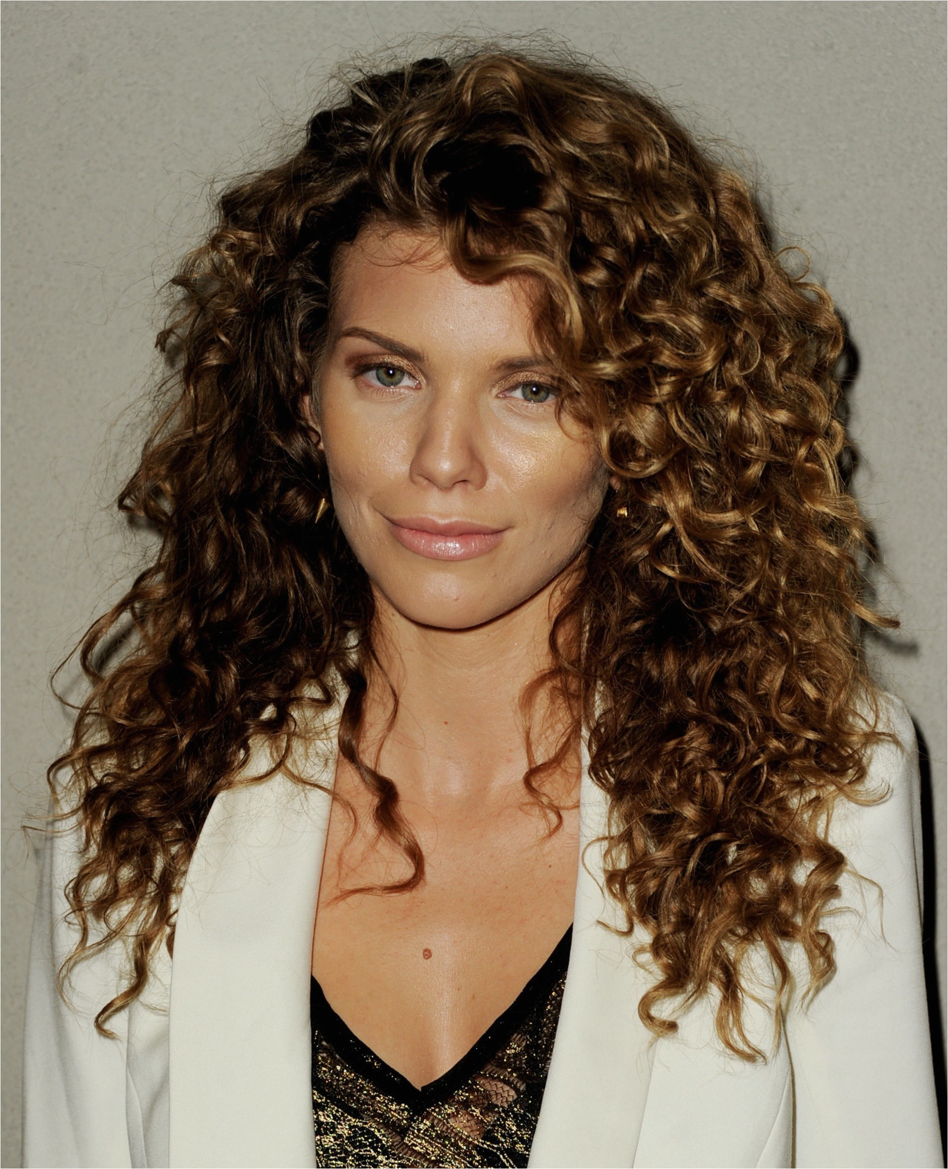 long natural curly hair with layers