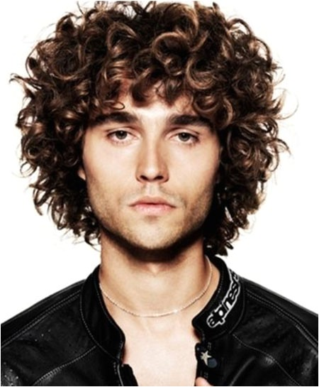 cool curly hairstyles for men