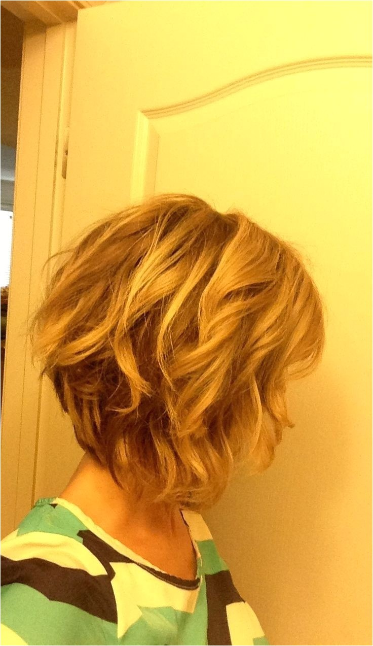 10 stylish wavy bob hairstyles medium short hair