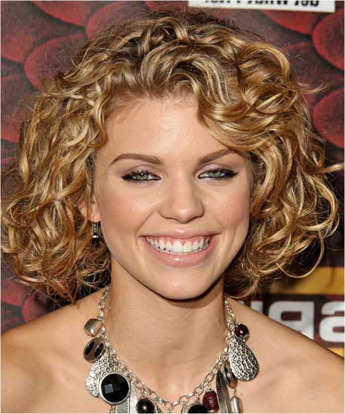 Curly Hairstyles for Full Faces Medium Hairstyles for Thick Hair and Round Faces