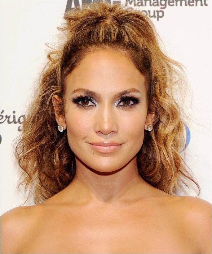 Curly Hairstyles for Going Out 80 90 Hairstyles
