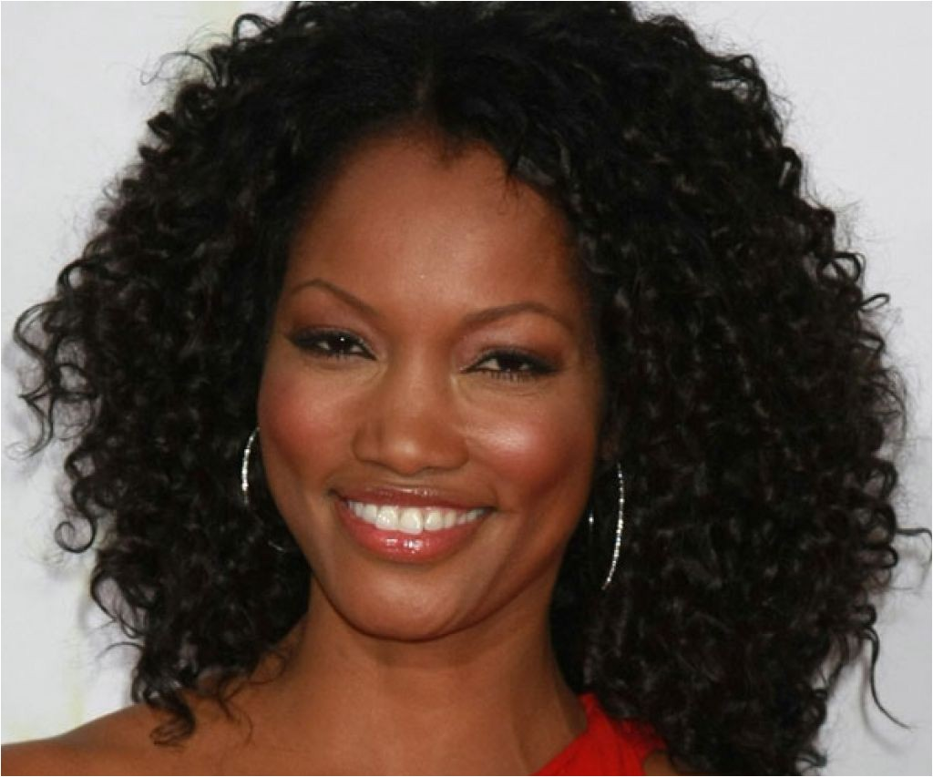 curly weaves for round faces hairstyle inspiration