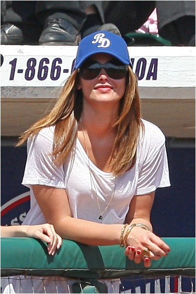 cute hairstyles to rock at a baseball game