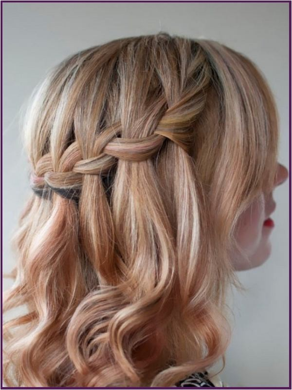 cute hairstyles for medium length straight hair