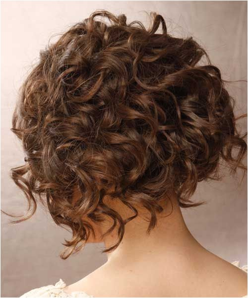 cute short curly hairstyles for girls