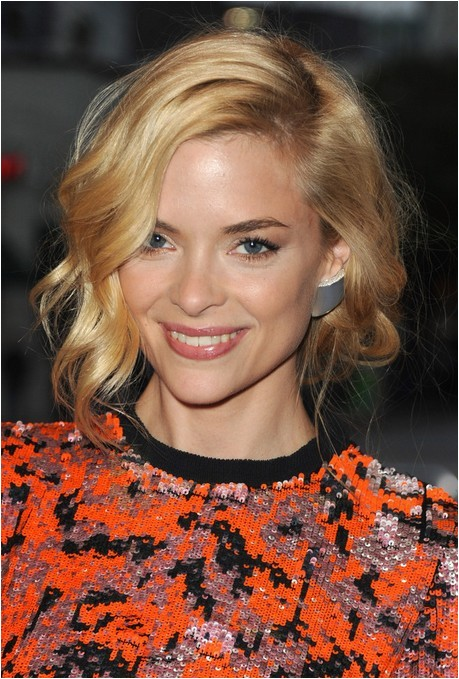 jaime king cute curly bob hairstyle with bangs