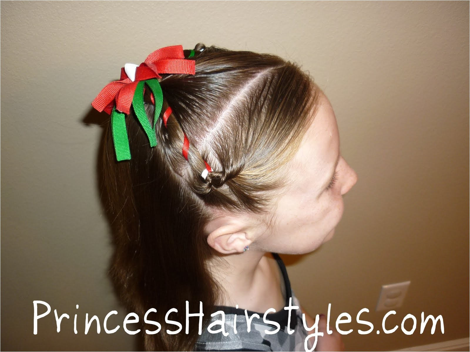 Cute Easy Hairstyles for Christmas Christmas Hairstyle Easy Hairstyles for Girls