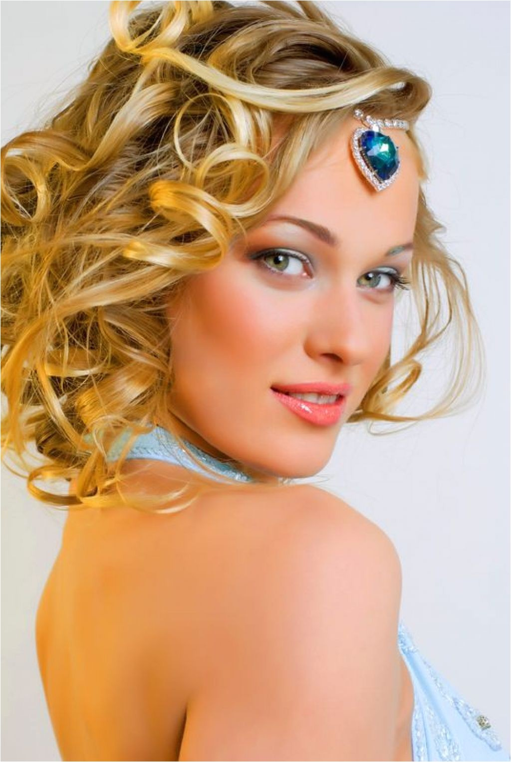 prom hairstyles for short to medium length hair