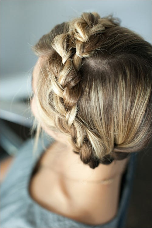 cute rainy day hairstyles to try