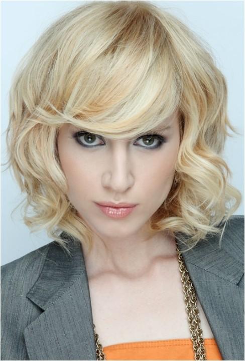 flirty medium bob hair styles for fall 2011 209