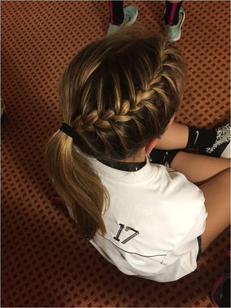 coiffures pour lecole 2017 2018 tricot parfaite pour un jeu de volleyball