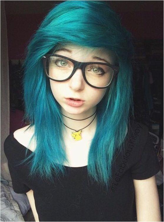 10 cute emo hairstyles girls