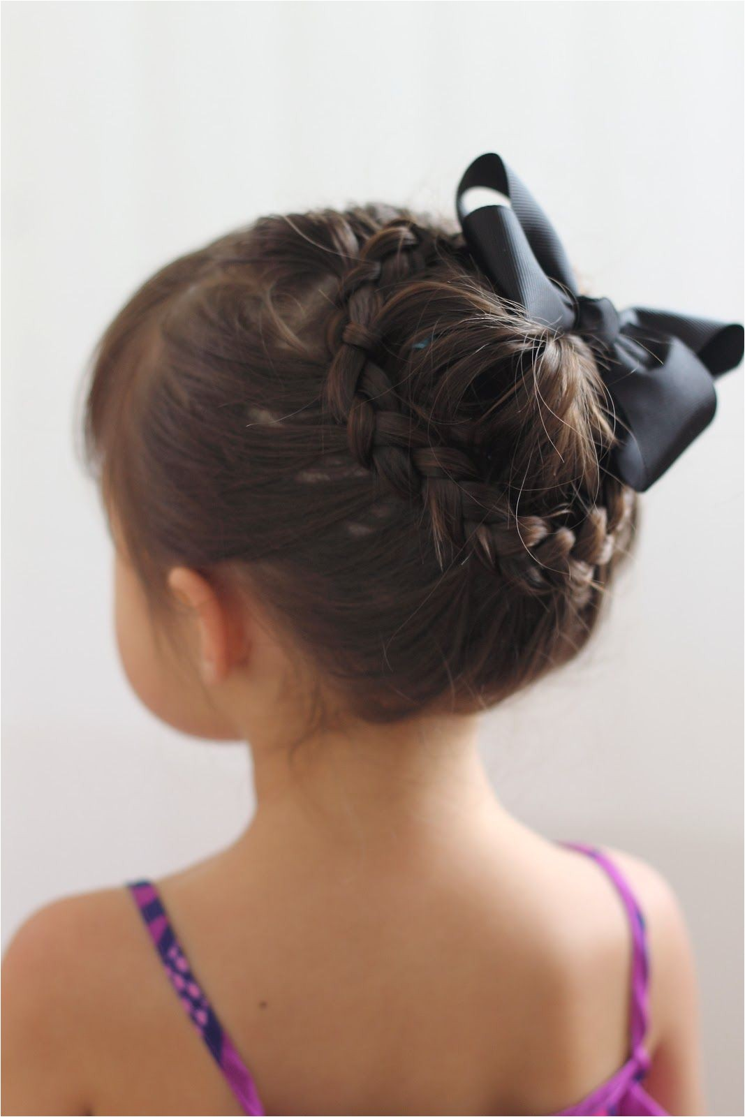 16 Toddler hair styles to mix up the pony tail and simple braids dutch braids french braid side pony tail braided pony messy bun side braid into a bun