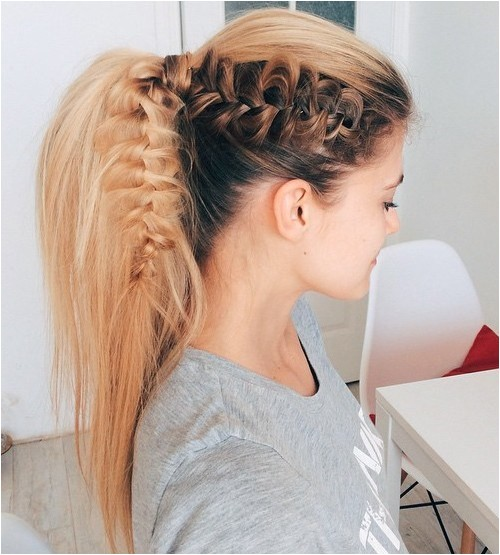 Cute Hairstyles for A Ponytail 22 Cute Ponytails for Long & Medium Length Hair Straight
