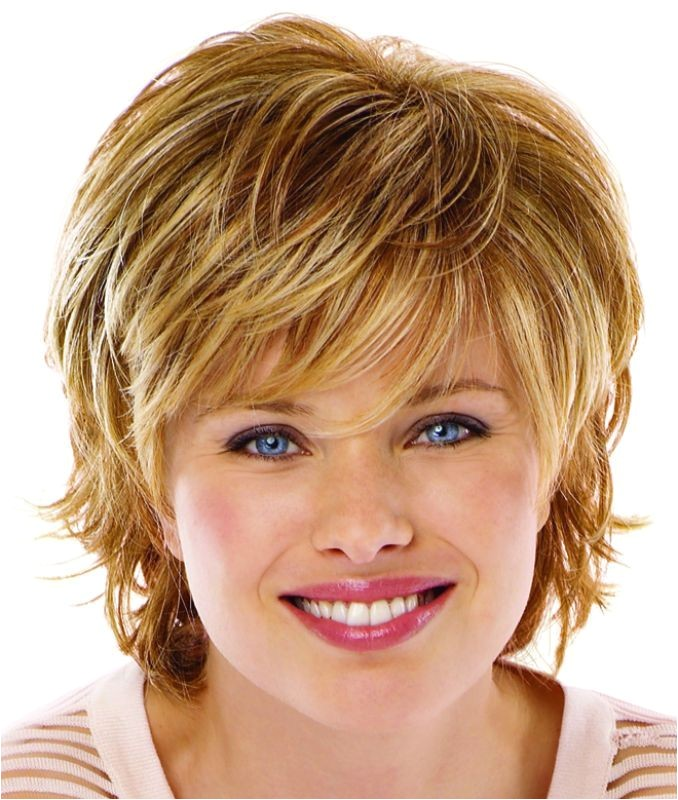 Cute Hairstyles for Girls with Round Faces 1