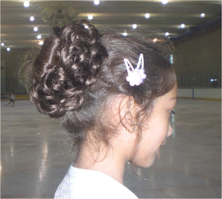 hair styles for figure skating