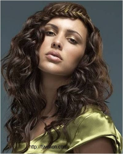 cute hairstyles for long wavy thick hair