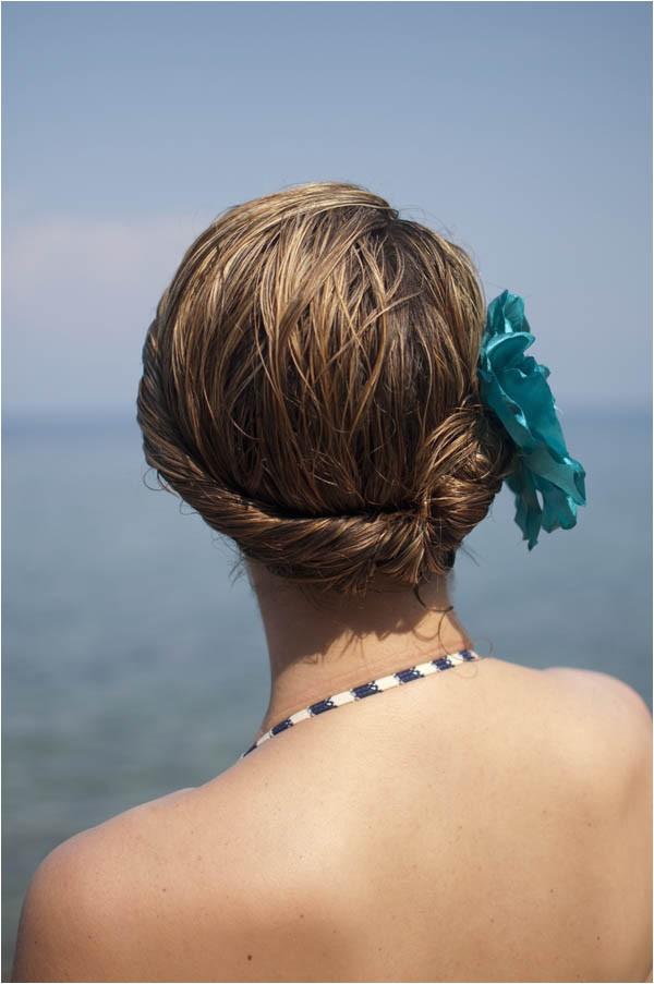 easy beach hair style tutorial