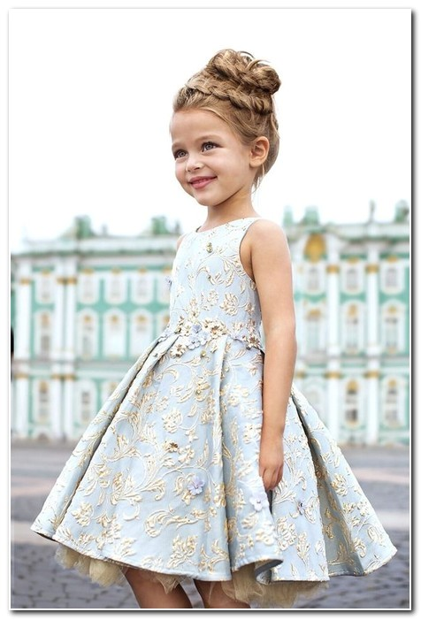 Cute Hairstyles to Wear with A Dress Cute Hairstyles to Wear with A Dress