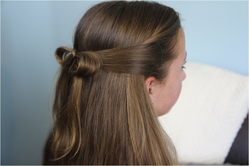 the subtle bow easy hairstyles
