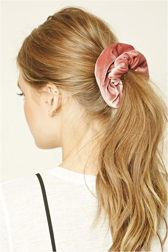 hair trends how to wear a scrunchie in 2018