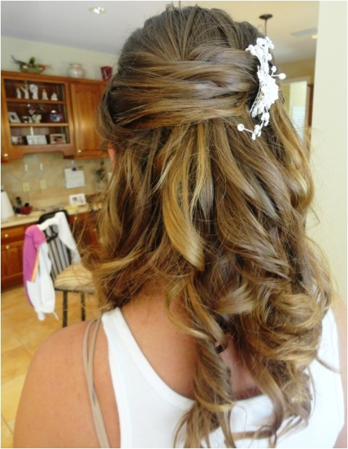 cute prom hairstyles half up half down for long hair