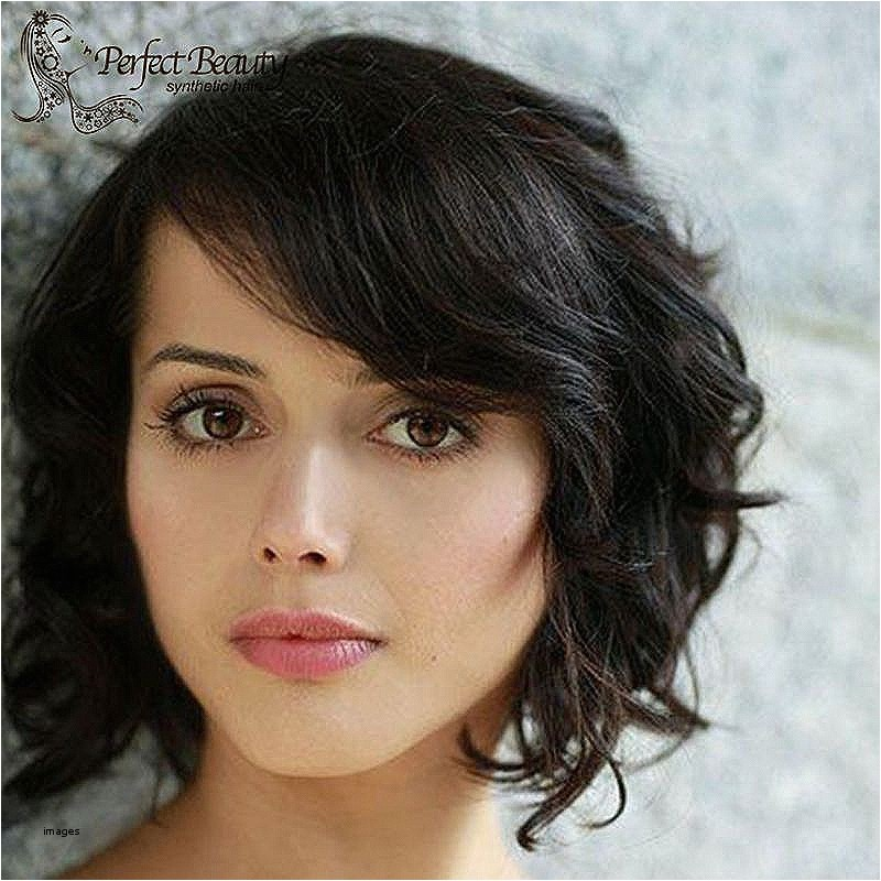 semi curly short hairstyles