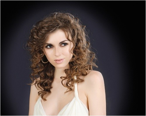 cute curly hair hairstyles side part