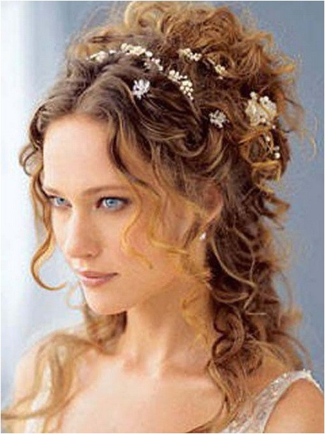 cute hairstyles for medium length curly hair
